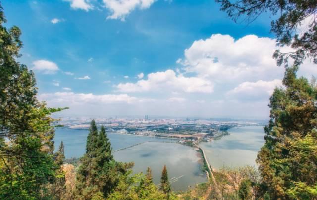 玉溪—红河—西双版纳   必去景点:西山森林公园 云南昆明西山风景区