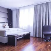 克朗尤特斯特拉斯酒店