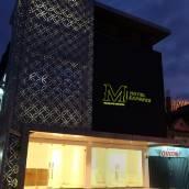 梭隆凱里亞德 M 飯店