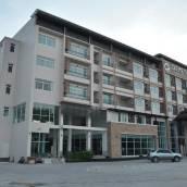 曼谷迪米特公寓式套房酒店
