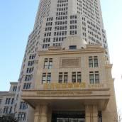 大連名傳世紀酷貝拉主題酒店
